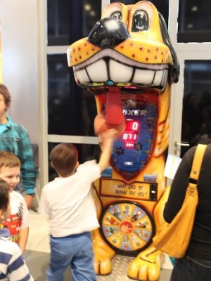 Bokser siłomierz automat