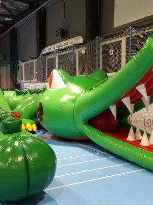 Dmuchany krokodyl, figura krokodyla, tor przeszkód dla dzieci
